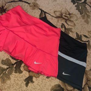 Bundle of 2 Nike skorts size S
